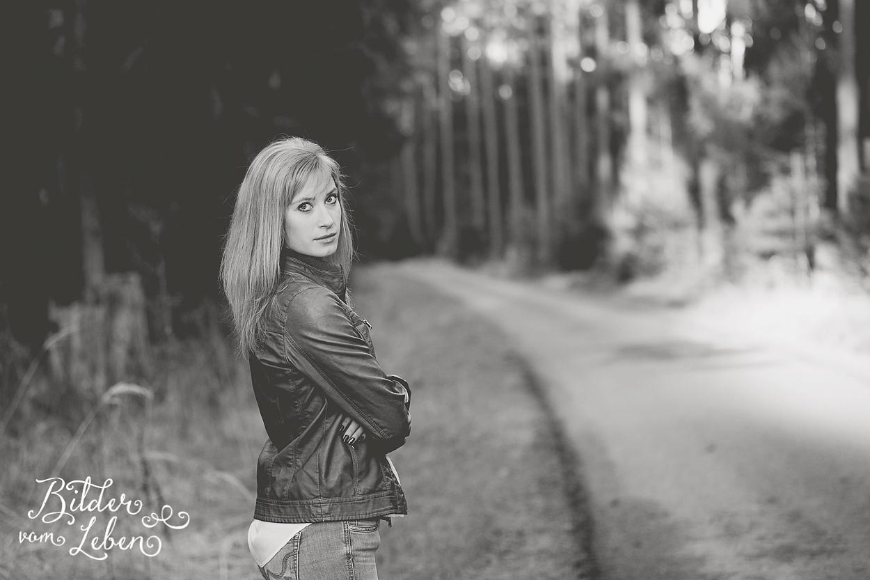 Sandra-Portraits-Moenchswald-IU8A1418 2
