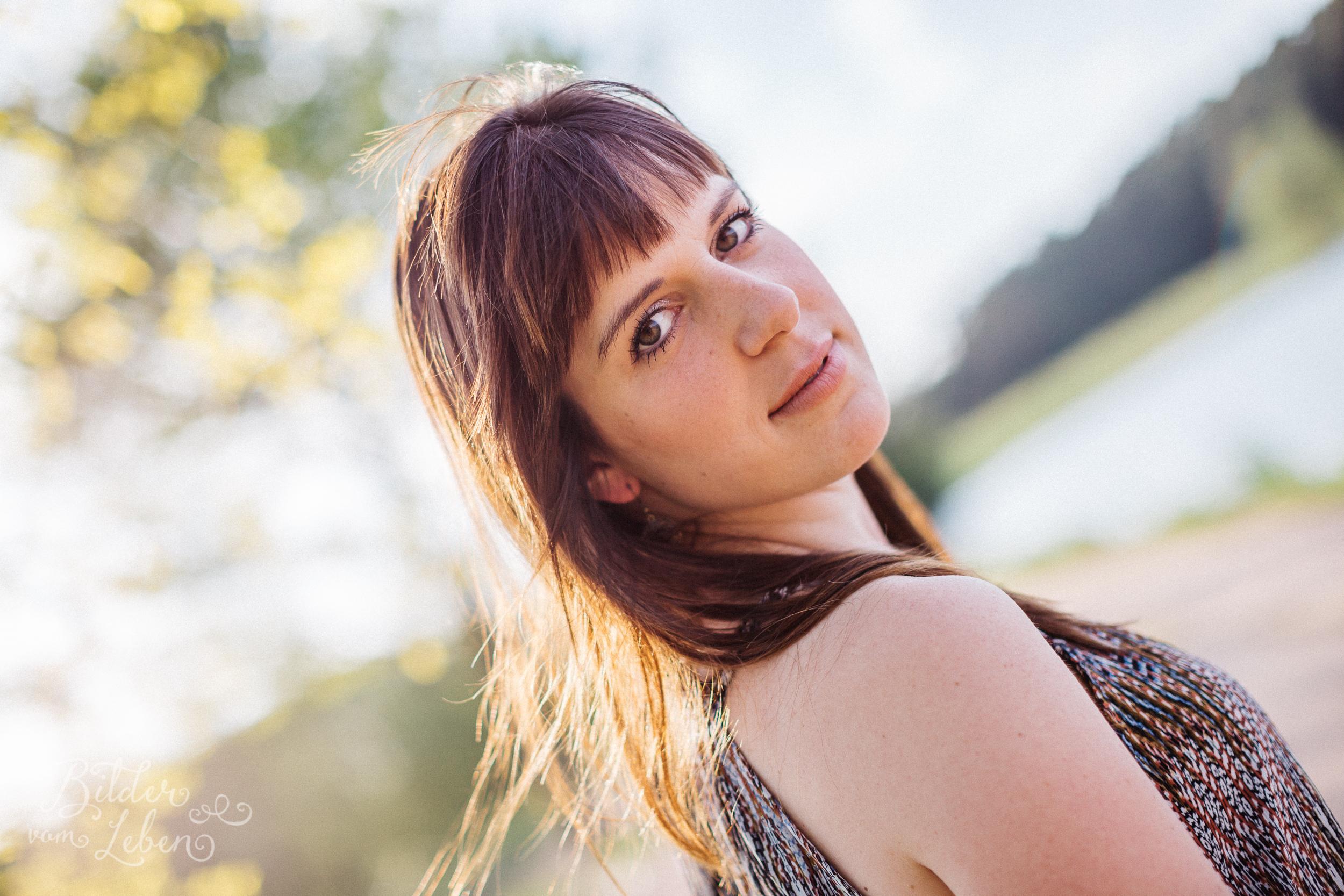 BildervomLeben-Fotografie-Christina-Heinig-Portraits-Gegenlicht-Susanne-2016-5652